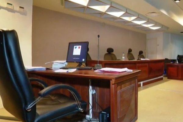 Salle du tribunal correctionnel