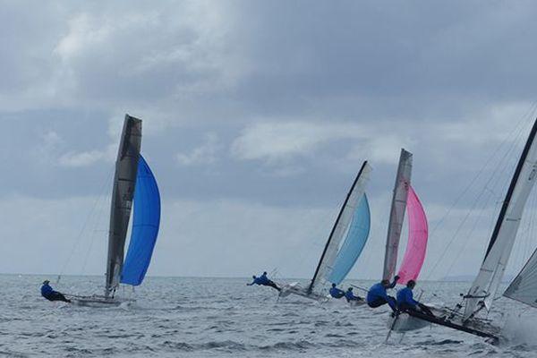 Martinique Cata Raid : la flotte peu avant l'arrivée au Vauclin