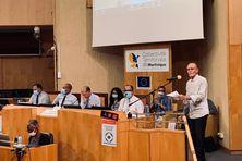 Le président de la Collectivité Territoriale de Martinique, Alfred Marie-Jeanne, défend devant les élus de l'assemblée, son dernier budget primitif (le 23 mars 2021),  avant la fin de sa mandature.