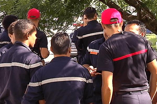 mani des pompiers transferts de compétences