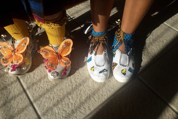 """""""Crazy Shoes Day"""" gros papillons"""