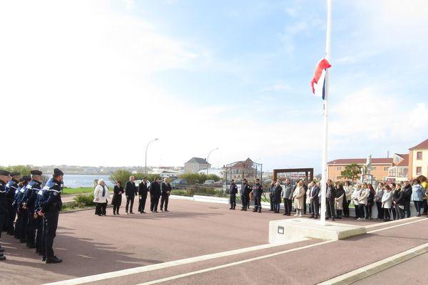 hommage victimes prefecture paris