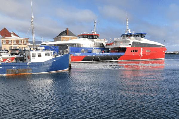 Ferries à quai