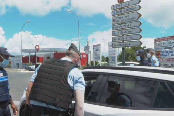 Contrôles police et gendarmes