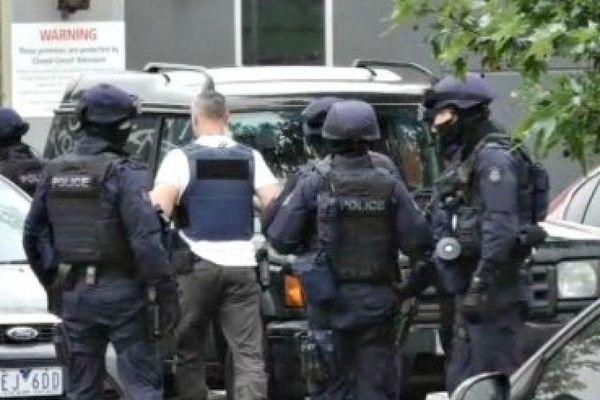 Aus. Melbourne police