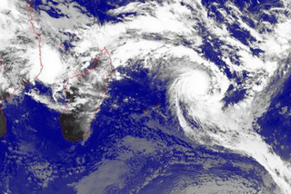 La Reunion: le cyclone Bergitta arrive