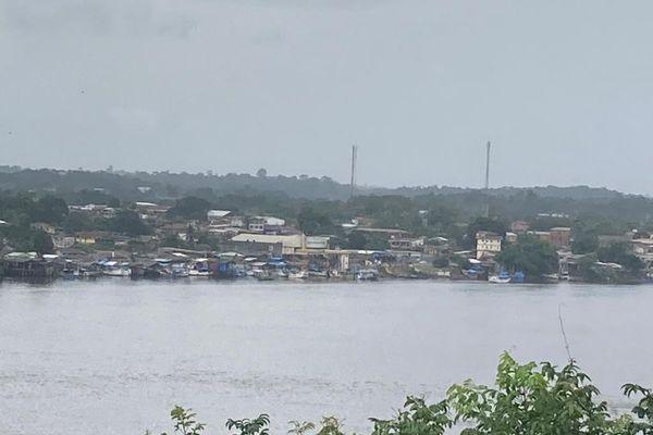 Le pont de l'Oyapock entre la Guyane et le Brésil
