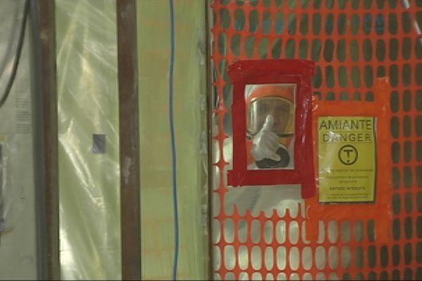 Royal Papeete, 20 tonnes d'amiante von être évacuées