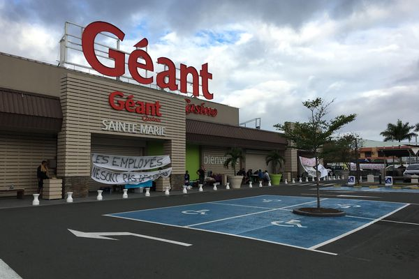 Grève Géant Sainte-Marie