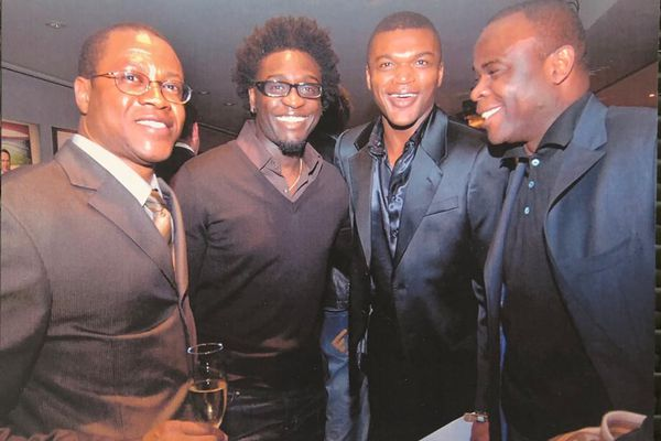 Remise du 50ème Ballon d'Or France-Football à Ronaldinho (Albert Couriol, Corneille, Marcel Desailly, Basile Boli)