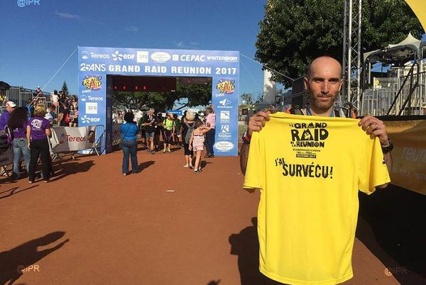 "Grand Raid 2017 : t-shirt finisher ""J'ai survécu"""