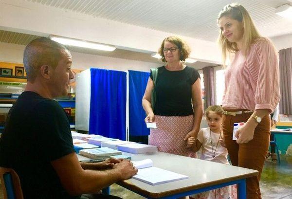 elections européennes bureaux de vote en famille au féminin fete des mères 260519