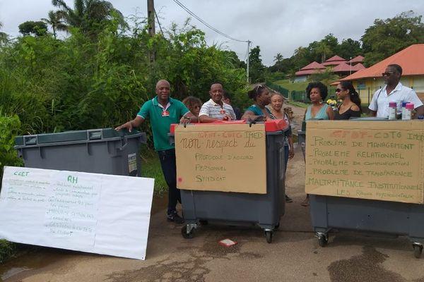Grève à l'IMED de Baduel à Cayenne
