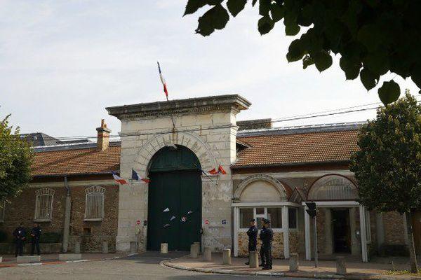 Prison de Fresnes : les surveillants pénitentiaires ne doivent pas s'exprimer en créole