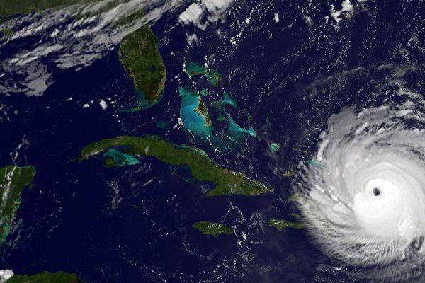 Irma arrive sur Cuba et la Floride