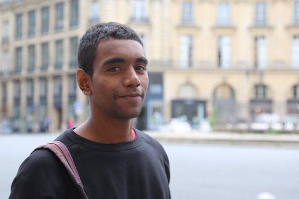 Portrait d'étudiant 1/4. Calédonien de 19 ans, Berti prépare sa rentrée