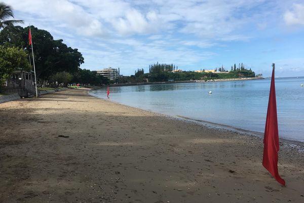 baie des citrons drapeau rouge tsunami