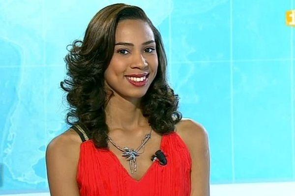 Miss Réunion : Evelyne Robert, candidate N°2, dans le journal de la mi-journée