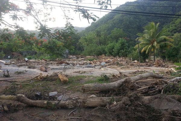 Les ravages de la tempête Erika à Grand-Baie dans le sud de la Dominique