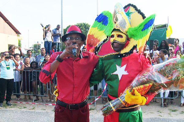 Guyane : Mana fait son carnaval