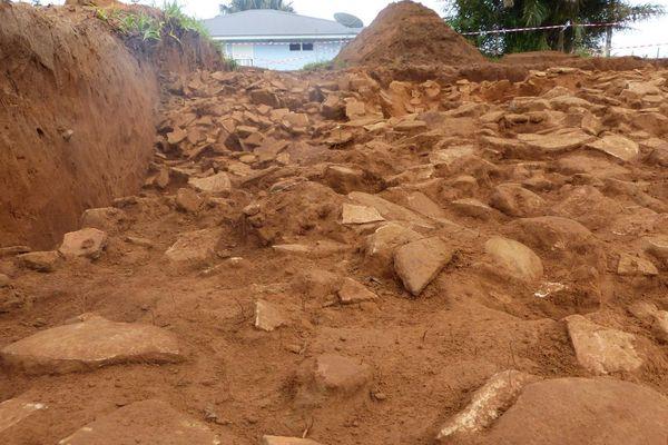 Une partie du site archéologique ayant servi de dépotoir