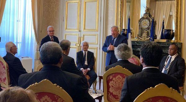 rois de Wallis et Futuna au Sénat entretien avec la président Larcher