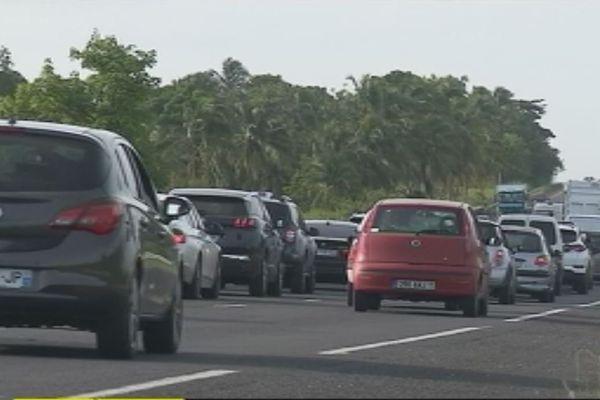 les embouteillages, le mal de la Guadeloupe