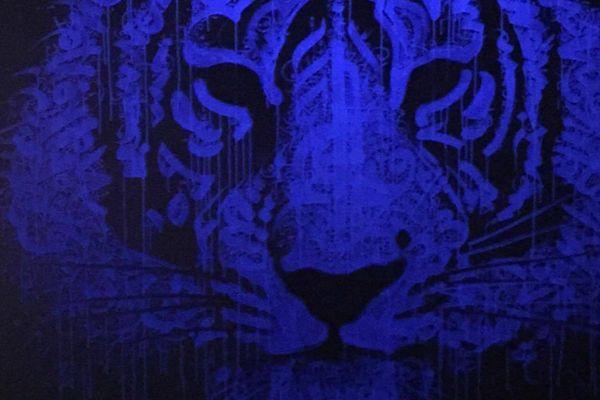 Graffiti Tigre éclairé en lumière noire