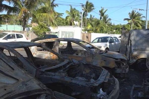 Garage incendié Saint-Paul