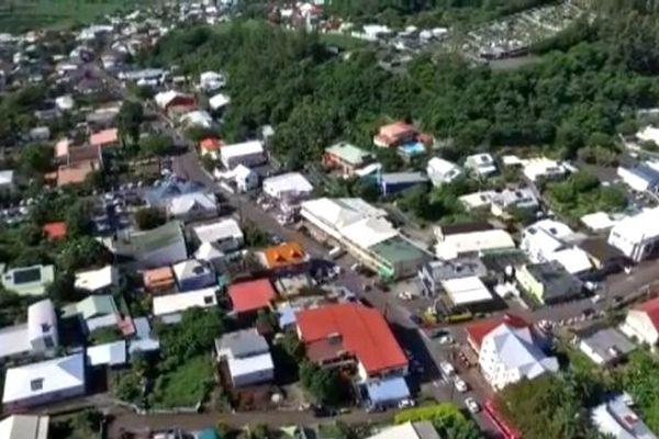 Petite-Île : vue aérienne de drone