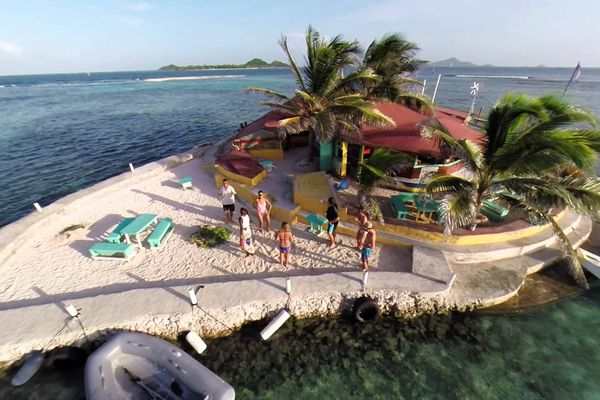 Happy Island, Saint-Vincent et les Grenadines