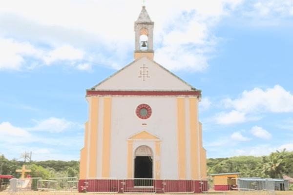 Maré : église de Pénélo