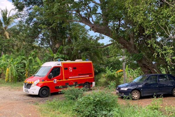 Pompiers évacuation blessé kwassa