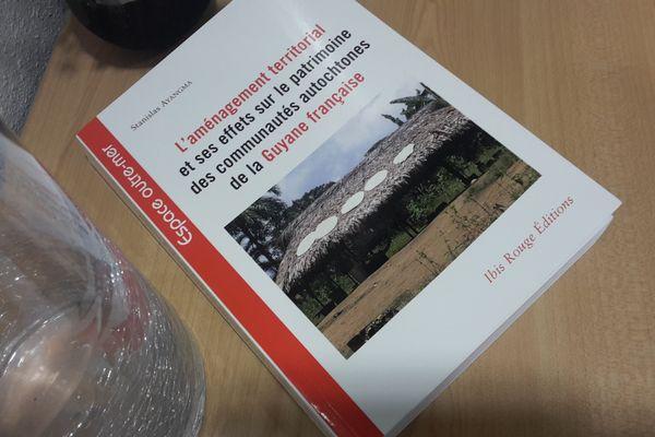 Livre Stan Ayangma