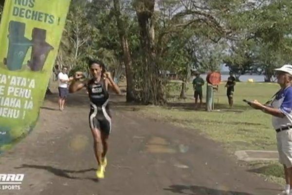 Triathlon de Papeari : Cédric Wane sur la 1ère marche du podium
