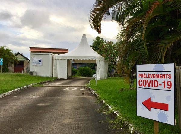 3 laboratoires de Cayenne en drive test Covid opérationnels mardi