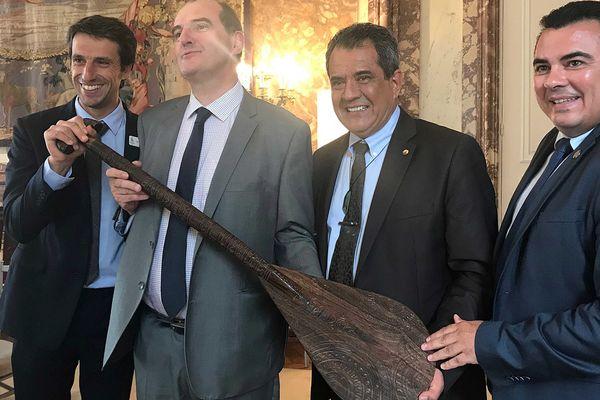 Edouard Fritch et Teva Rohfritsch reçus par Jean Castex et Tony Estanguet