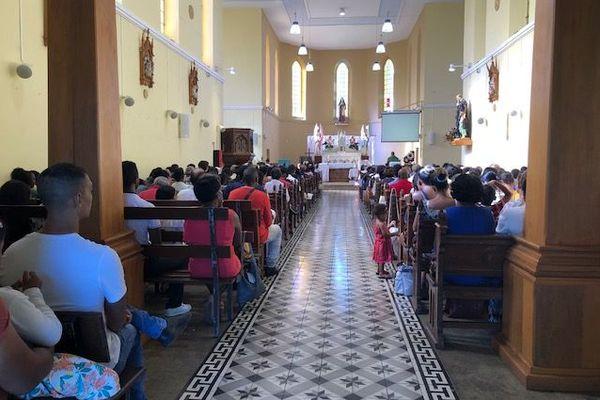 Messe de La St Valentin à La Saline Les Hauts