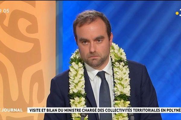 Le ministre des collectivités territoriales : Sébastien Lecornu était l'invité du journal de Polynésie la 1ère