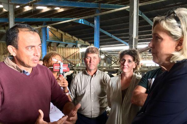 Marine Le Pen à la rencontre des agriculteurs