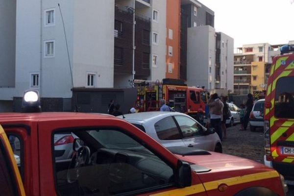 Incendie dans une résidence de la rue Roland-Garros