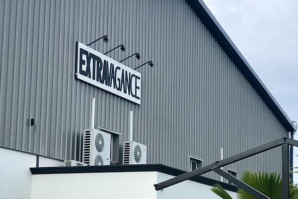 Célébration en « présentielle » à Extravagance dans la zone industrielle de Saint-pierre ce dimanche 27 juin. Des centaines d'adeptes ont fait le déplacement de toute l'île