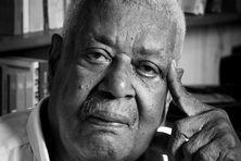 L'écrivain guyanais Serge Patient