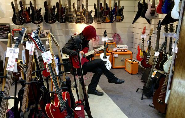 Le Réunionnais Lightning, guitariste