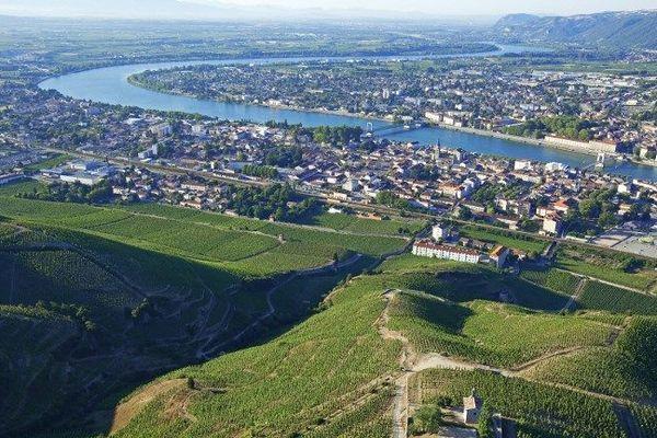 Cocaïne: démantèlement d'une filière guyanaise qui alimentait la Drôme-Ardèche