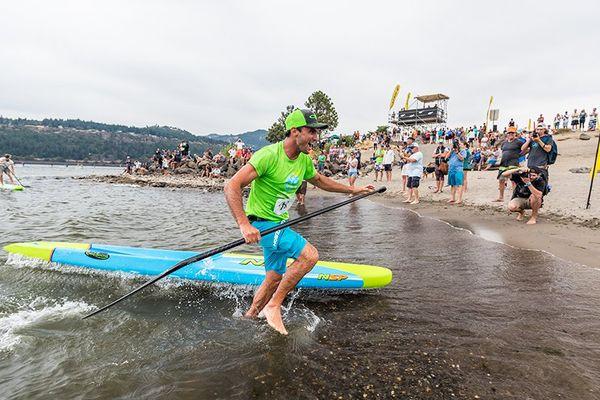 Titouan Puyo au Naish Columbia gorge paddle challenge (photo de Sup the mag) août 2017