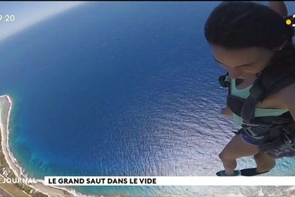 Sauter en parachute au-dessus des îles de la Polynésie