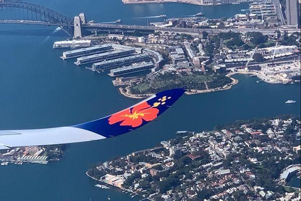 Avion Aircalin au dessus de Sydney