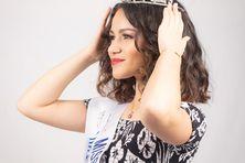 Hinatea porte ses deux écharpes, celle de Miss 15-17 Indre-et-Loire et de Miss Tahiti.