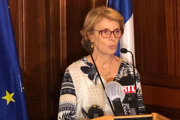 La rectrice Chantal Manès-Bonnisseau